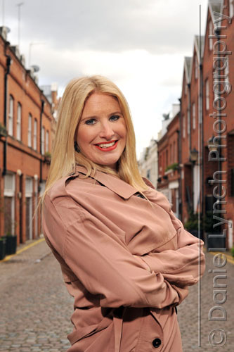 12/03/13. BOOTS STREET STYLE IN & AROUND KENSINGTON, WEST LONDON. SUBJJECT ; LIPS CREDIT: DANIEL LYNCH 07941 594 556 www.lynchpix.co.uk