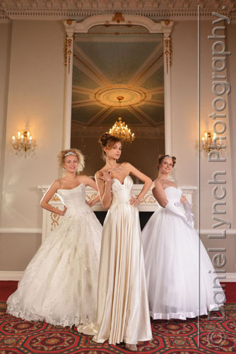 21/09/14. THE RUSSIAN DEBUTANTE BALL. PATRONS OF THE RUSSIAN DEBUTANTE BALL PHOTOGRAPHED AT THE HILTON DOUBLETREE HOTEL, MARBLE ARCH, CENTRAL LONDON. PICTURE SHOWS (L-R) VICTORIA TRAVINA, EKATERINA DAMINOVA & EKATERINA KUZNETSOVA. CREDIT : DANIEL LYNCH. 07941 594 556. www.lynchpix.co.uk